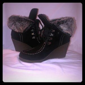 ❤️ l.e.i. Nova boots ❤️
